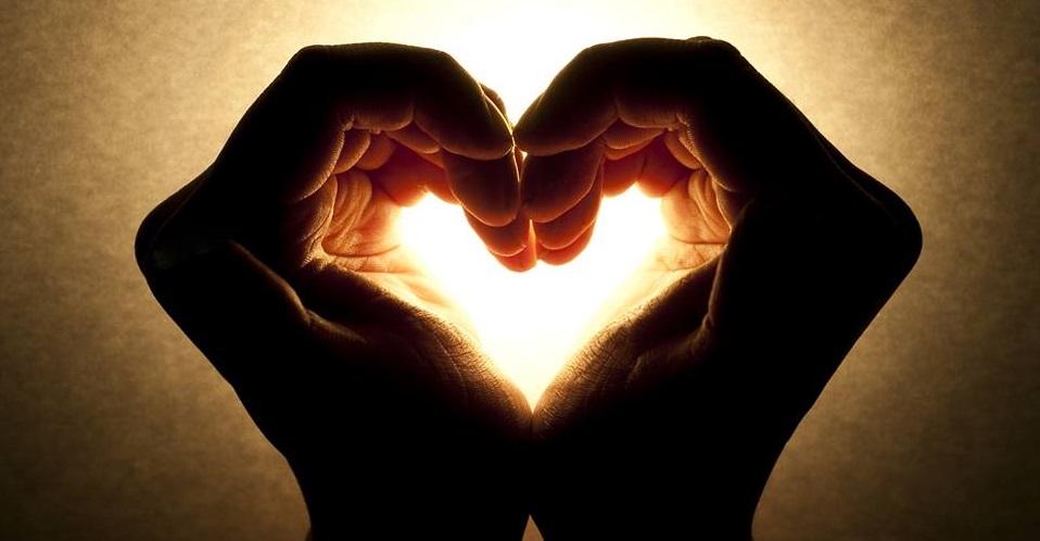 Naucz się medytować i słuchać swojego serca